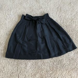 Black silk skirt with adjustable bow